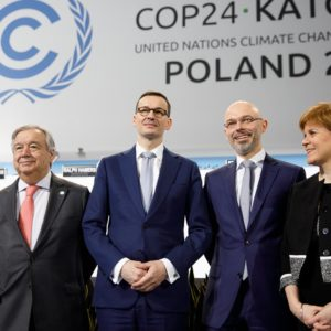 Appeals for unity at polarized climate talks