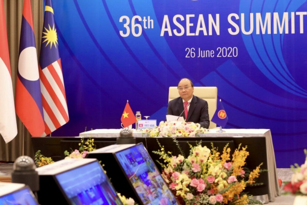 ASEAN hardens stand on China sea claims